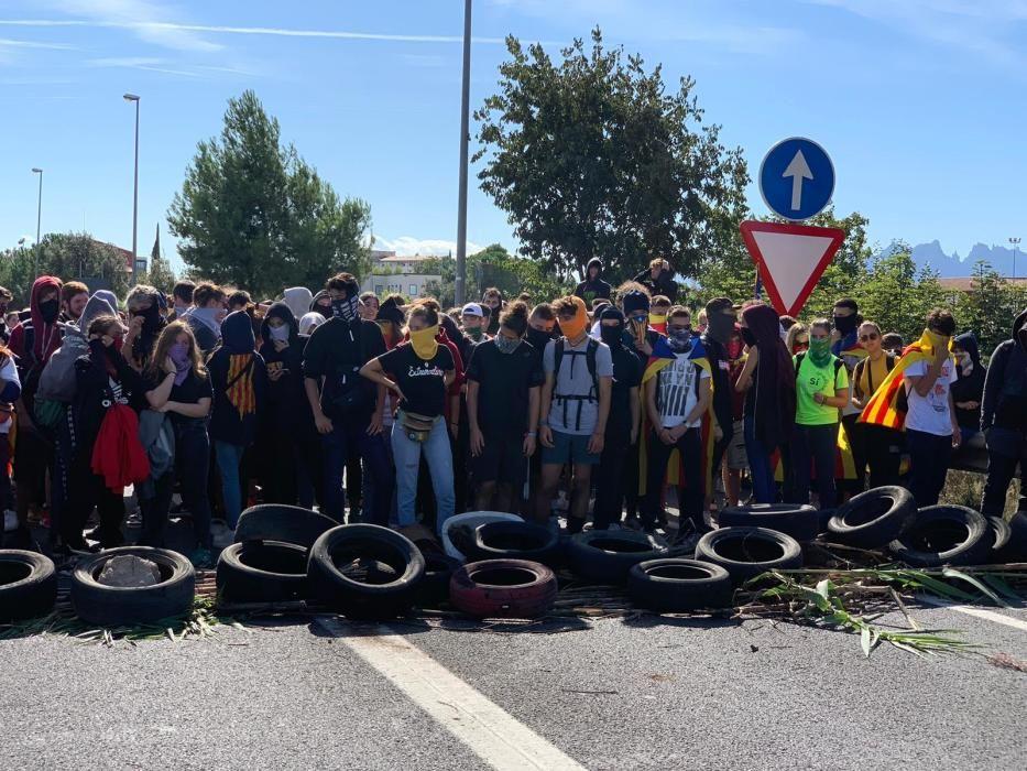 Primer dia de la vaga d'estudiants a Manresa