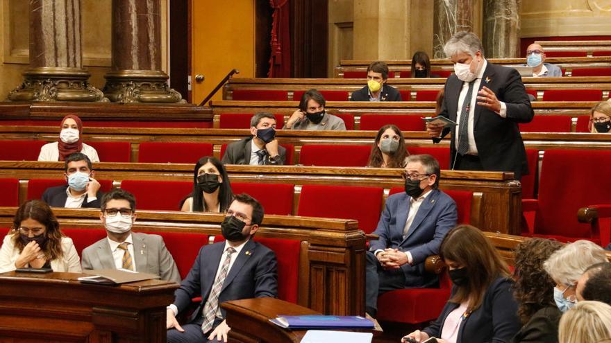 De Puigdemont a Budó, Sabrià o Torrent: els 16 diputats electes de JxCat i ERC que han renunciat a l'acta