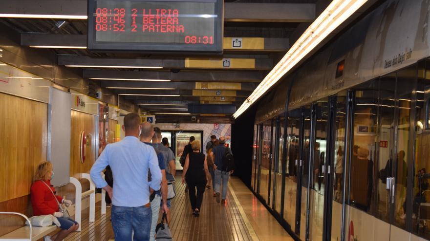 La Generalitat reforzará el servicio de metro durante el fin de semana de Fallas