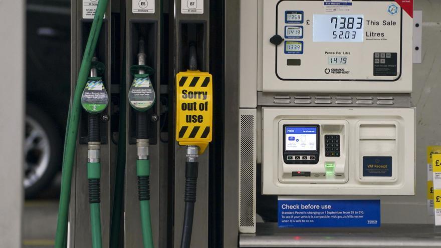Reino Unido prepara a los militares ante el desabastecimiento de combustible