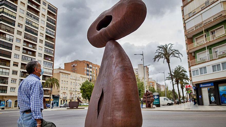 Las 'Esculturas monumentales' de Méjica toman la calle en Cartagena