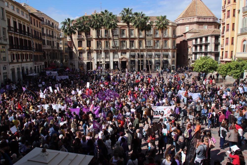 Miles de malagueñas participaron en las movilizaciones convocadas a mediodía