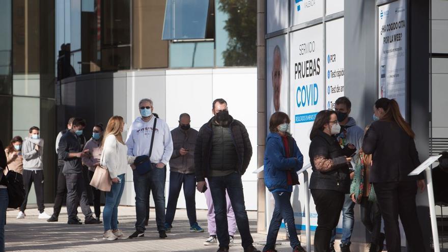 La privada asumió 1.166 pacientes por el colapso de la primera ola