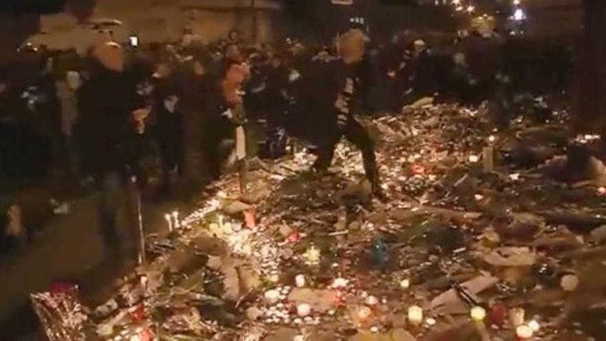 El pánico provoca una estampida en la Plaza de la República