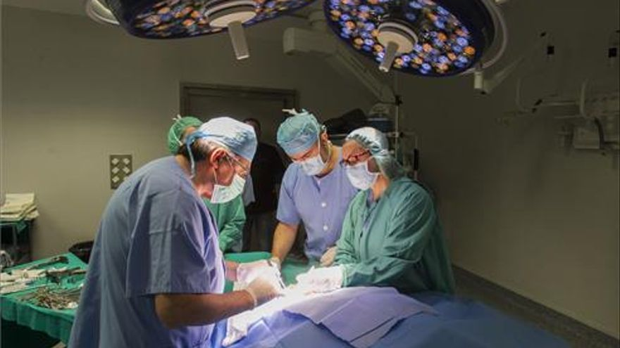 Sanitat reduce en 21 días la demora quirúrgica en la Comunitat