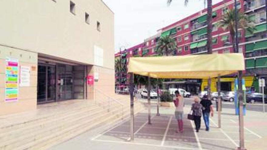 El fuerte calor desata las quejas en los centros sanitarios