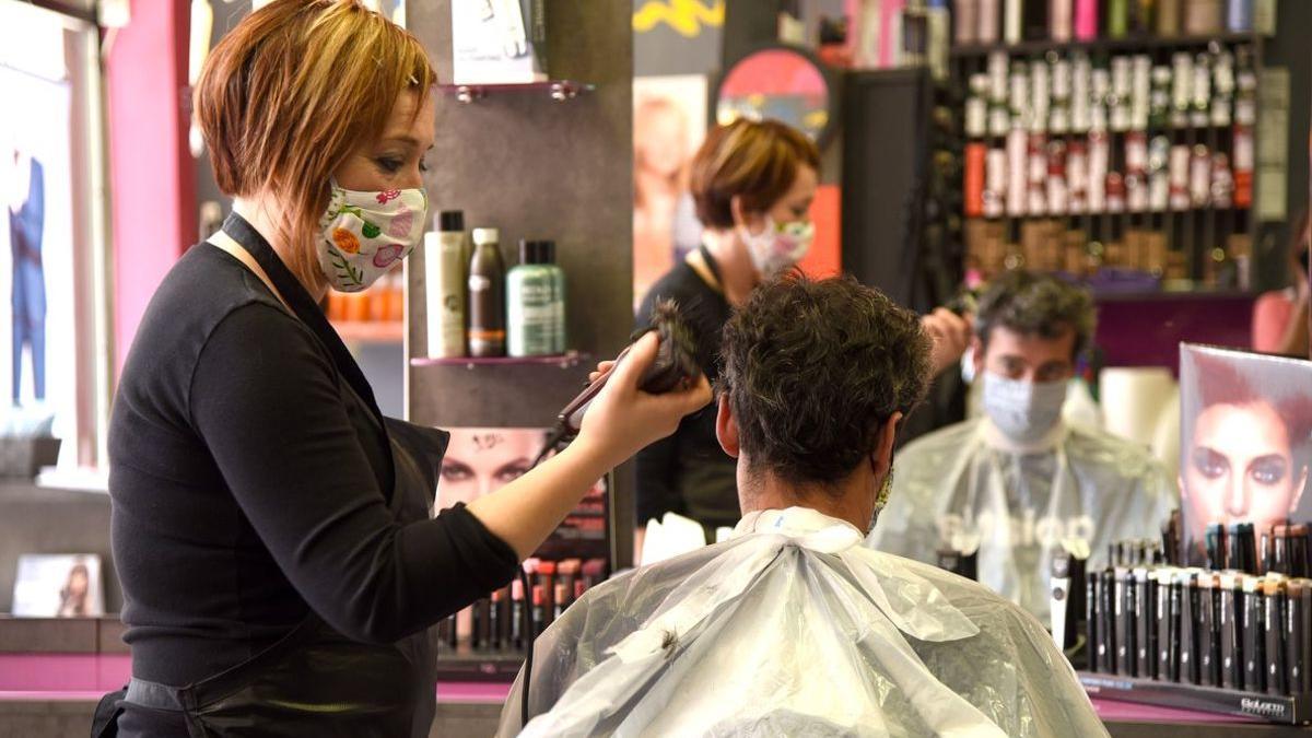 Las peluquerías y los salones de belleza ya tienen permitido nuevamente abrir sus puertas.