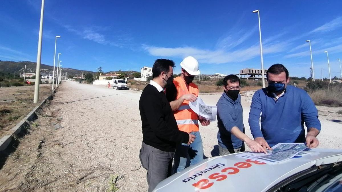 Peñíscola actúa ya en el litoral sur tras 11 meses de espera a Costas
