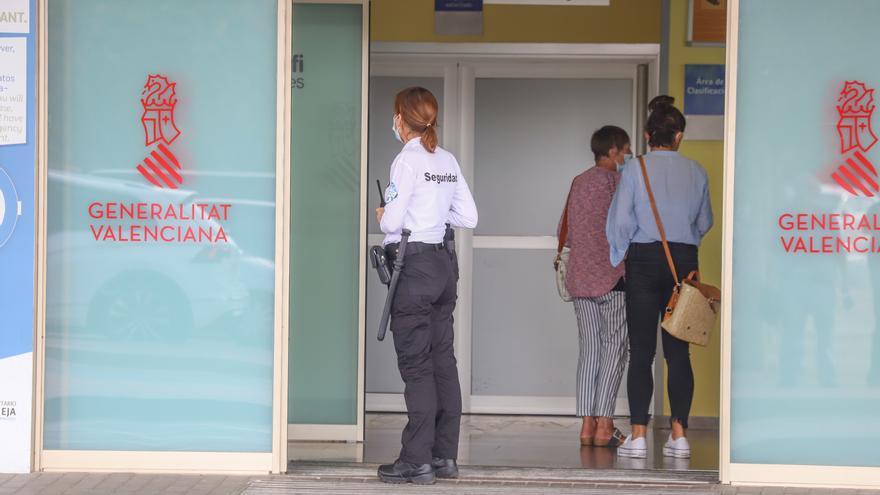 Sanidad mantendrá las habitaciones individuales en el Hospital de Torrevieja