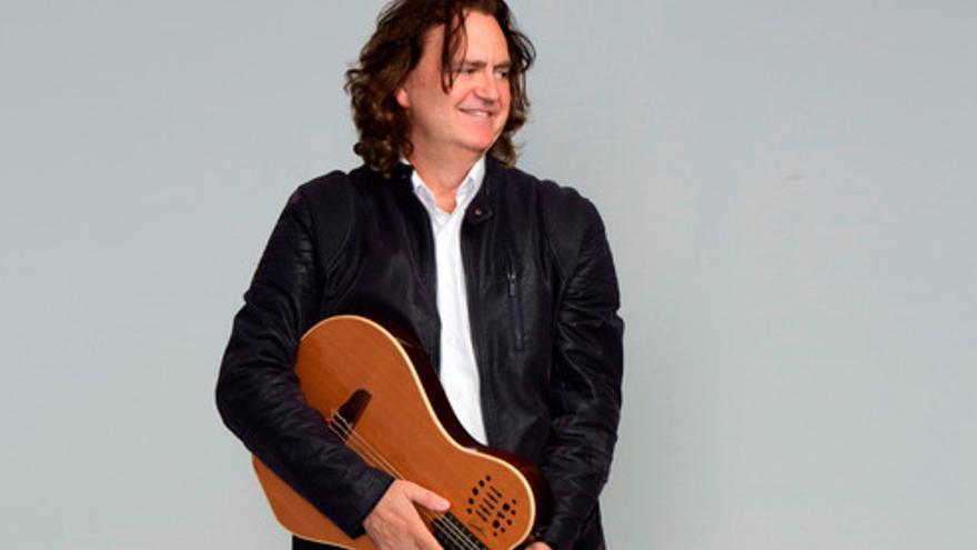El próximo viernes se presenta 'Paco Damas canta a Las Sinsombrero' en Torrejoncillo