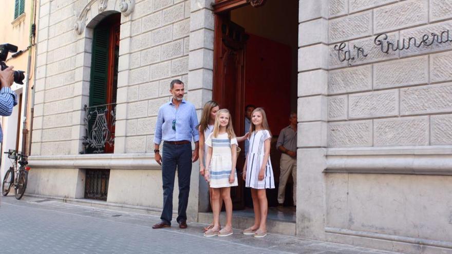 Copa del Rey zu Ende, Königsfamilie spaziert durch Sóller