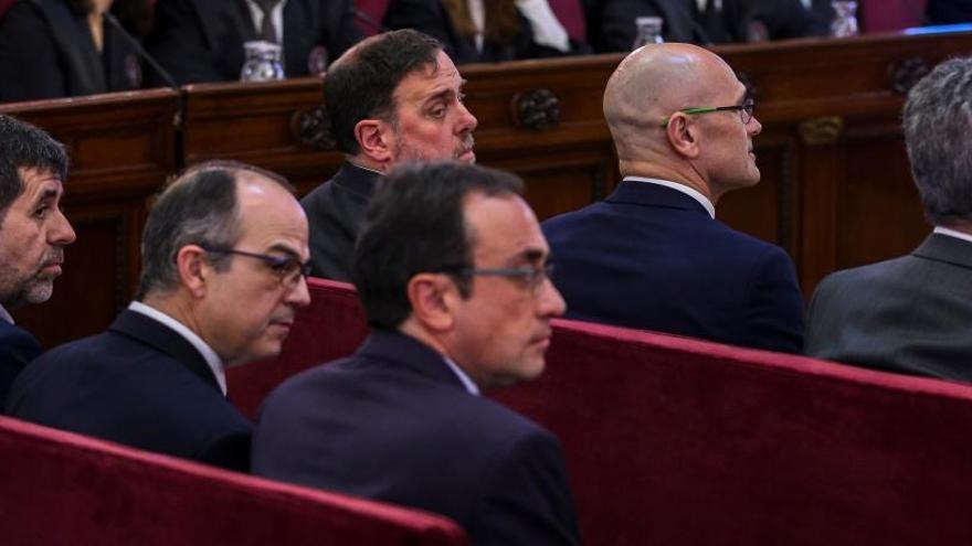 España pide inhabilitar a los expertos que condenaron la prisión de los líderes del 1-O