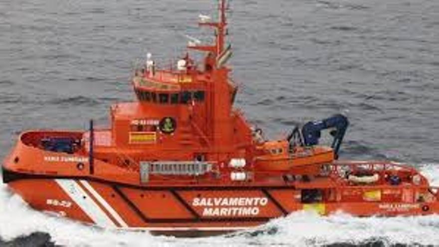 Llega una embarcación a El Hierro con 41 migrantes, dos de ellos menores