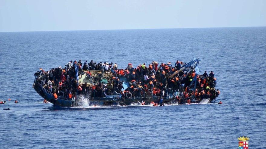 Interceptadas 4 pateras con 65 migrantes de origen argelino en costa murciana