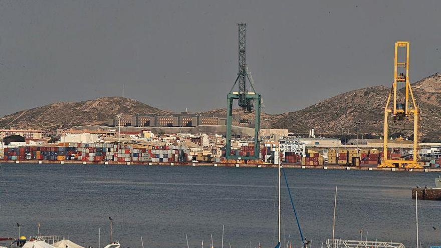 El Puerto mejorará la accesibilidad a los muelles Isaac Peral y Príncipe Felipe