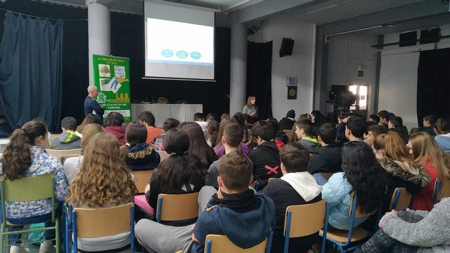 La Asociación de Ludópatas Rehabilitados denuncia que crece el número de jóvenes afectados por el juego