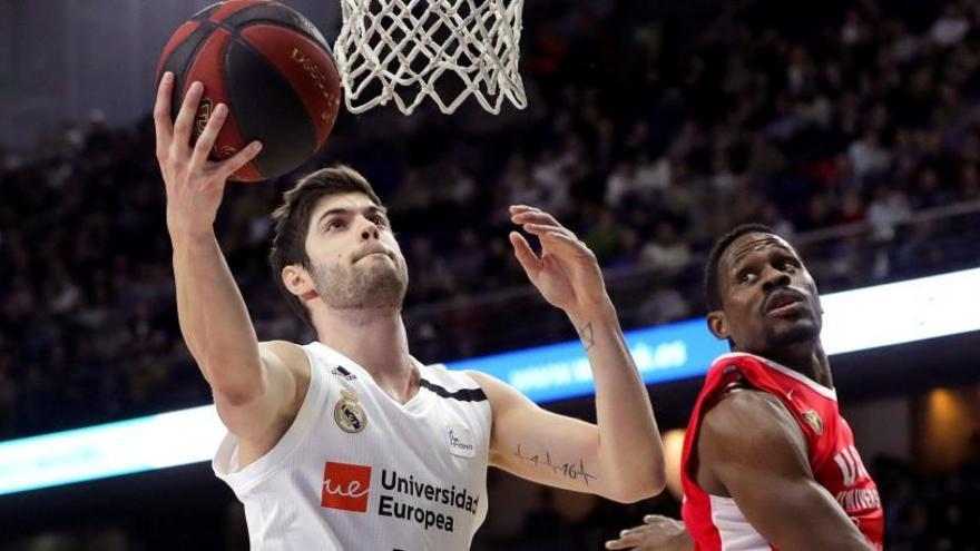 El Madrid sofoca la reacción del UCAM Murcia