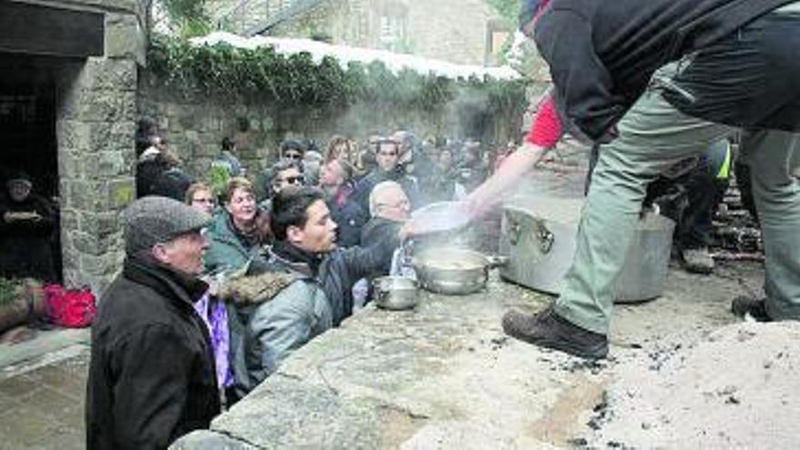 Bagà repartirà paquets d'arròs als vilatans per cuinar-lo a casa