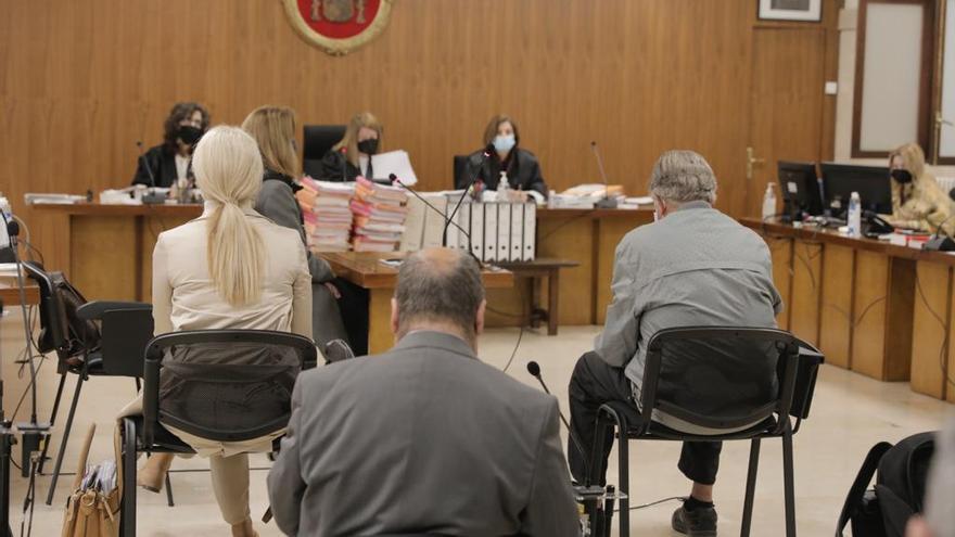 La defensa de Hohenlohe dice que la estafa de 8 millones ha prescrito