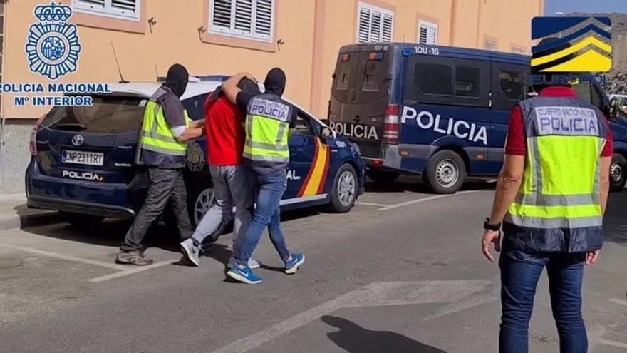 Prisión para dos yihadistas que captaban mujeres para procrear en Canarias y Melilla