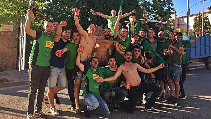 La regularitat i la pinya al vestidor tornen a portar el Castellnou a Tercera