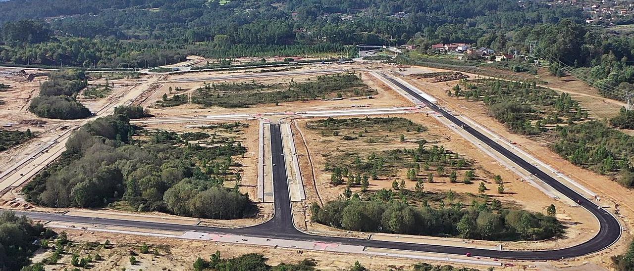 Primera fase de urbanización de la Plisan en Salvaterra-As Neves. |   // Z.F.
