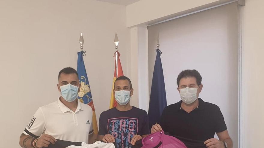 El fútbol vuelve a Palma de Gandia gracias al acuerdo con el CE la Font