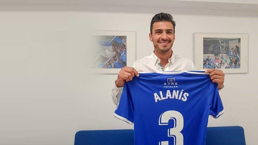 Toque y personalidad: Así es Alanís, el nuevo fichaje del Oviedo