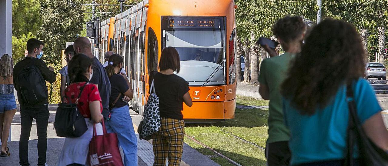 TRAM de Alicante que se propone implantar entre Elda-Petrer y Santa Pola.