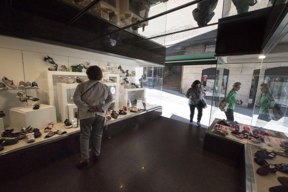 Obertura de comerços i terrasses a Manresa el primer dia de la fase 1