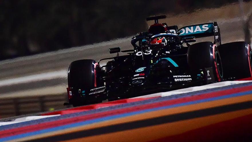 Russell domina con el coche de Hamilton en Sakhir