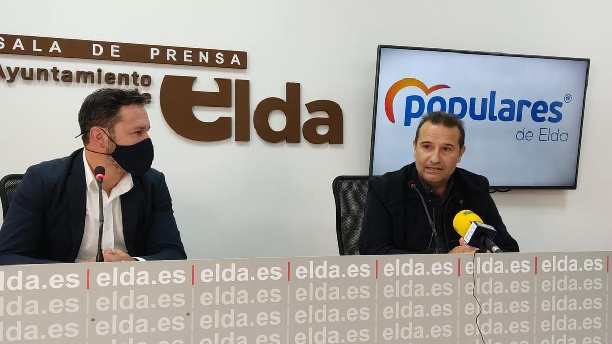 Fran Muñoz y Francisco Vidal durante su comparecencia