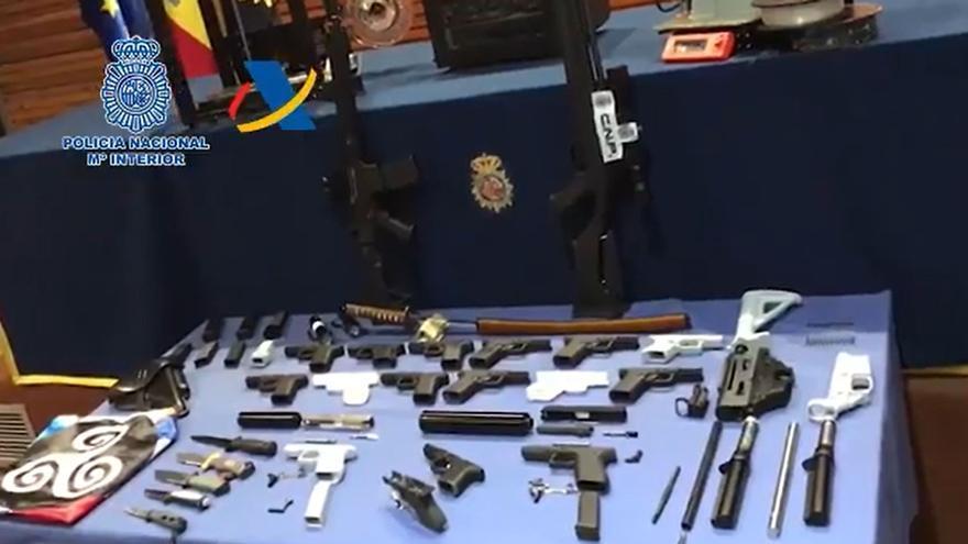 Desmantelan el primer taller ilegal de impresión de armas 3D en España