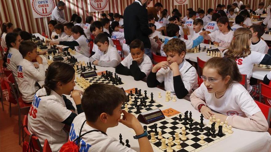 Más de 8.500 alumnos cordobeses practican ajedrez en el ámbito escolar