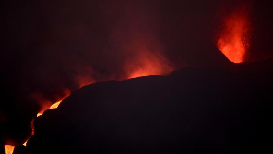 Se abre una nueva boca en la parte del sudeste del volcán