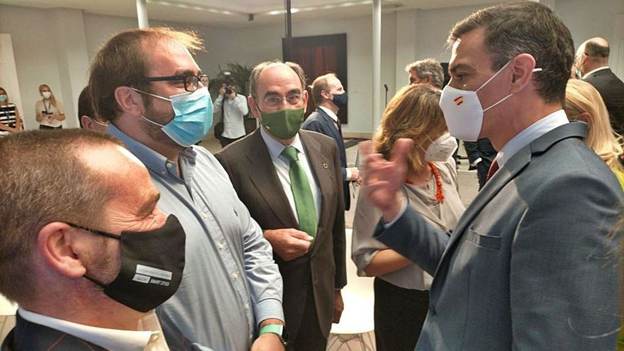 Visita exprés de Sánchez a Asturias, la primera de la legislatura: pisará tierra durante una hora