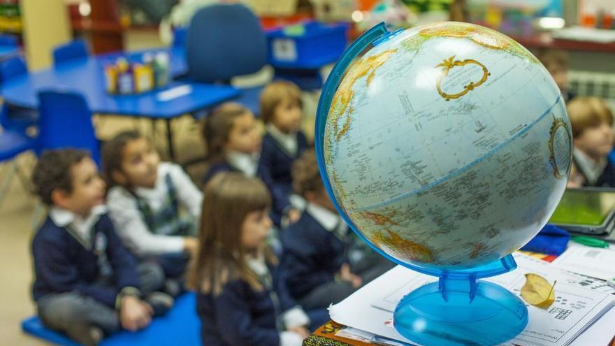 """King's College Murcia, calificado como """"excelente"""" por el Gobierno británico"""