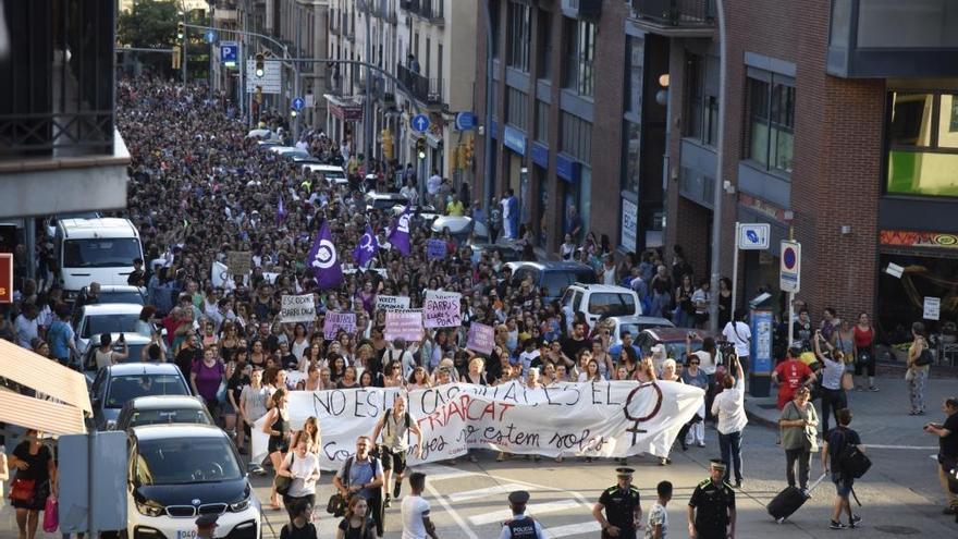 Manifestació a Manresa en contra de la violació d'una menor a les Escodines