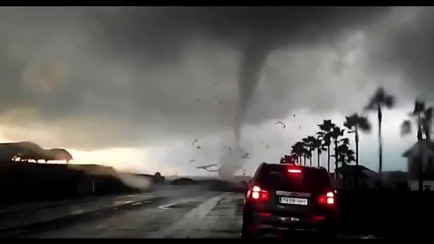 Un fuerte tornado sorprende a Palos de la Frontera