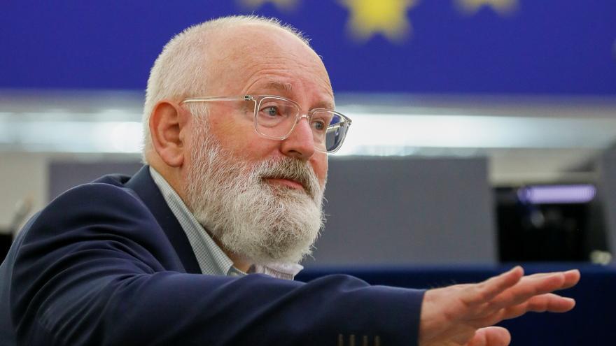Bruselas estudia las medidas de España para abaratar la luz