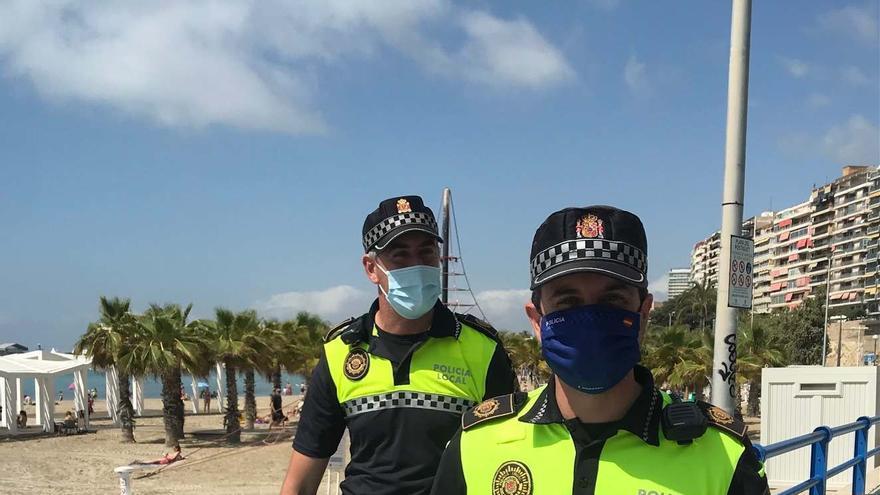 La Policía Local detiene a cinco personas por robar en la playa de El Postiguet móviles y dinero