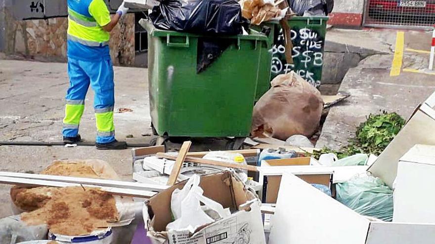 Oposición en Emaya a cambiar la recogida de trastos