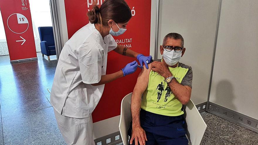 La C. Valenciana recibirá en junio 300.000 dosis semanales de Pfizer