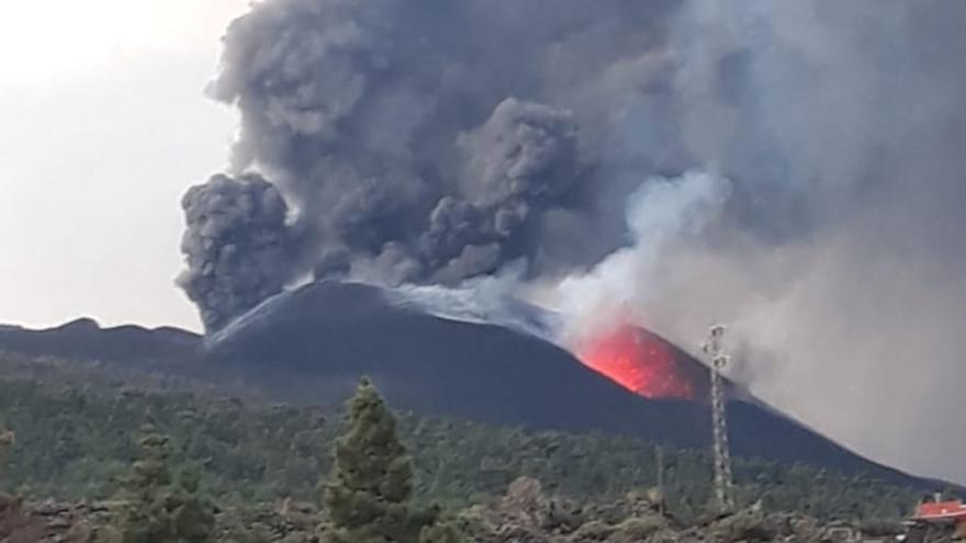 El volcán de La Palma, desde Tacande.