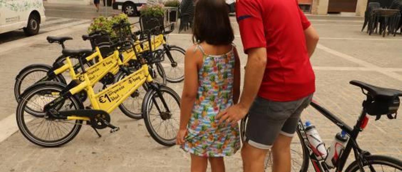 La empresa de las bicicletas privadas de alquiler se retira de Gandia