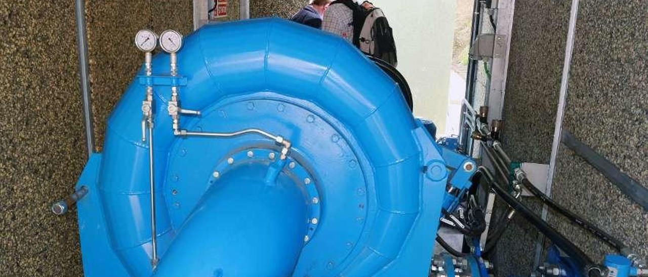La turbina instalada en la planta piloto ubicada en La Herradura.