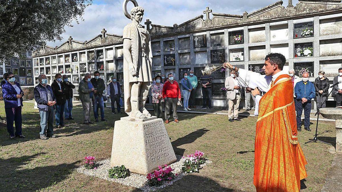Chapela celebra su día patronal con la bendición de San Fausto