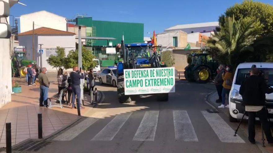 Apag inicia una tractorada a Madrid para protestar por los problemas del campo