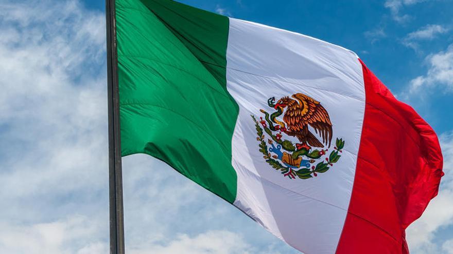 Asesinan a seis personas en un lavadero de coches en México