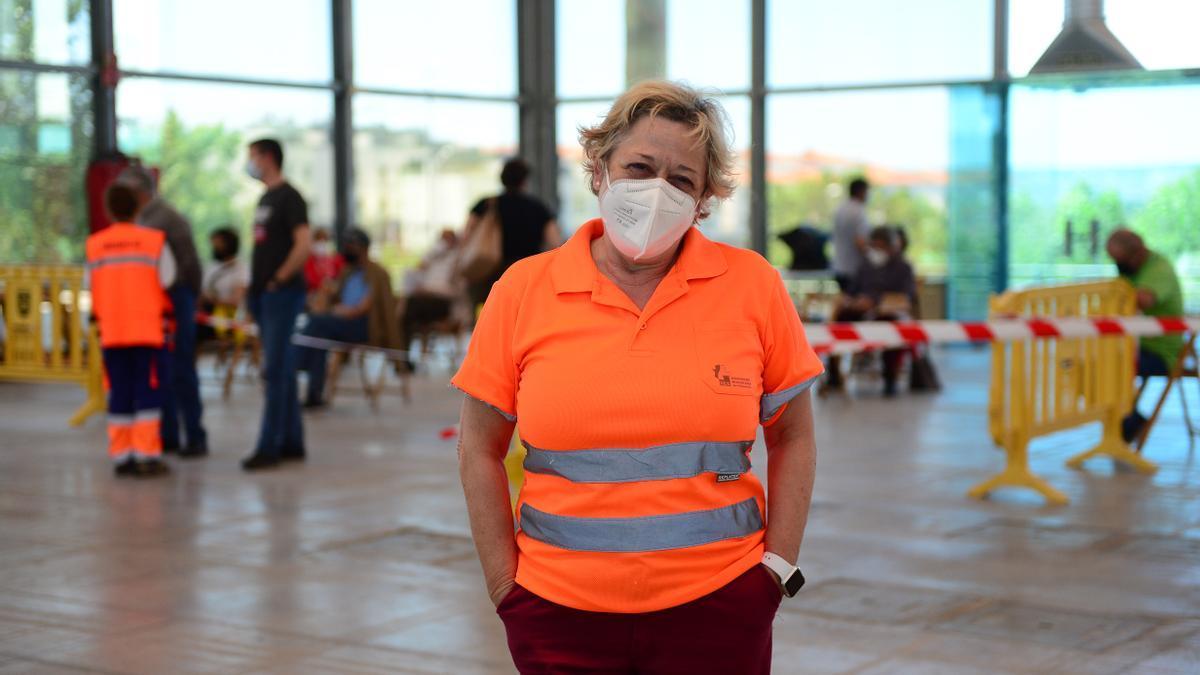 María Isabel López, en el recinto de vacunación.